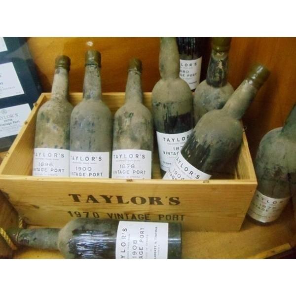 Taylors vintage Port 2000 6 liters flaske og i original trækasse-31
