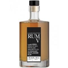 Skotlander Rum V - 1'st udgaven - nummereret og meget sjælden. Leveres i original stofpose