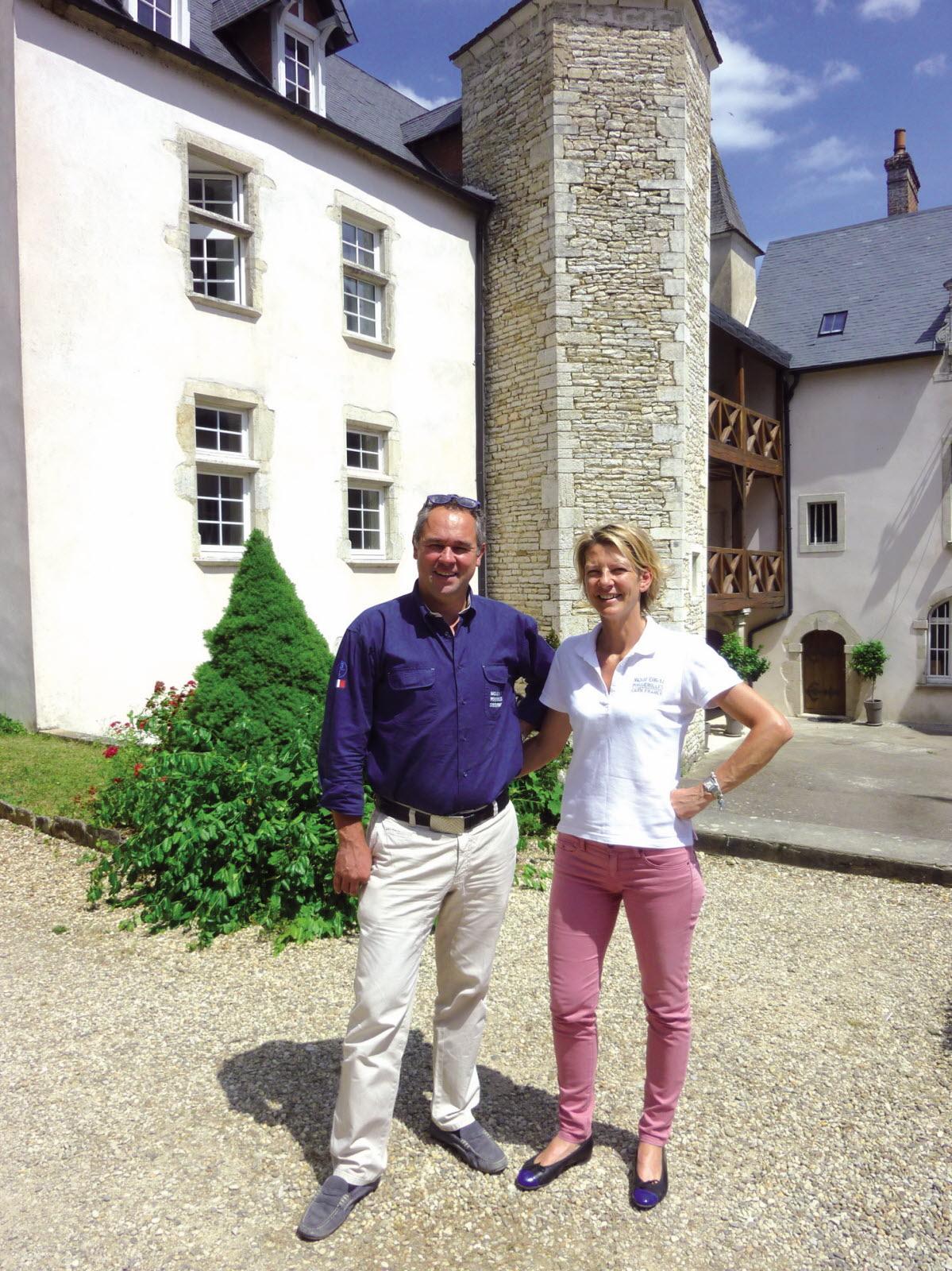 arnaud-et-helene-derats-sont-proprietaires-du-chateau-de-melin-depuis-decembre-1999-1436518924